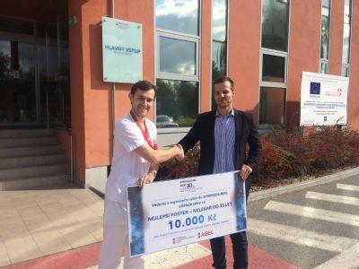 Inovatívny nápad praktikanta Kliniky liečebnej rehabilitácie v Šaci vyhral na medzinárodnom sympóziu