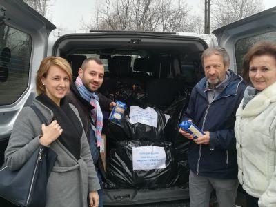 Zdravotníci z nemocnice v Šaci sa podelili s bezdomovcami
