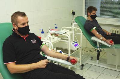 Z darovania krvi netreba mať obavy ani v čase pandémie. Lekári ju potrebujú pri operáciách akútnych stavov, úrazoch, pre onkologických pacientov aj rodičky