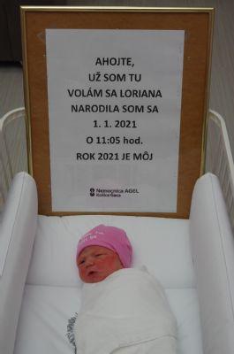 """V Nemocnici AGEL Košice-Šaca sa v roku 2020 narodilo viac dievčat: O koľko """"vyhrávajú"""" nad chlapcami?"""