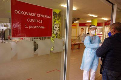V Nemocnici AGEL Košice-Šaca zaznamenávajú znižovanie počtu pozitívnych pacientov