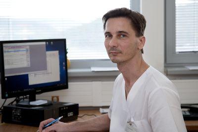 Lekári o boji s koronavírusom: Naučil nás pokore a vážiť si každú minútu života