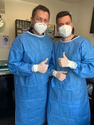 V Nemocnici AGEL Košice-Šaca prebieha unikátne podujatie: Artroskopické operácie v špeciálnom kamióne