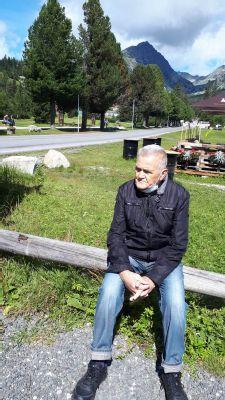 Profesor Michal Pichanič, významná osobnosť slovenskej ORL a zakladateľ chirurgie štítnej žľazy v Nemocnici AGEL Košice-Šaca, oslávil 90-ku